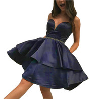 черные платья оптовых-Простой стиль сатин возлюбленной арабские платья возвращения на родину Tier рукавов саудовская длиной до колена короткое платье выпускного вечера коктейль вечеринка клуб износ