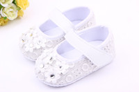 Wholesale pink princess beds for sale - Fashion With small flowers shoes first step neonatal soft soles baby bed shoes baby girl princess shoes