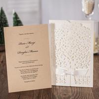 nuevos sobres de invitación de boda al por mayor-Nuevo Creative Laser Cut invitaciones de boda tarjetas Elegante hueco flor tarjeta de felicitación nupcial con arco caliente venta 4ws aa