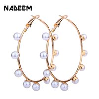 Wholesale beaded circle earrings - NADEEM Fashion Wholesale Metal Hoop Earring For Women Boho Gold Color Hoop Circle Handmade Pearl Beaded Earring Bijoux Jewelry