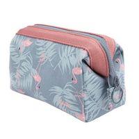 Wholesale animal print make up case - Homeda Flamingo Cosmetic Bag Women Modern Make Up Travel Case Waterproof Portable Ladies Makeup Toiletry Kits Y001