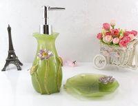 ingrosso bagni di lusso-Set da bagno in resina di lusso ecologico di lusso composto da cinque pezzi Set di articoli per il bagno Set di articoli da toeletta dentali Portaspazzolino portasapone