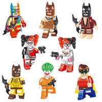 superheld robin großhandel-Educational Avenger Super Hero Batman Rüstung Regenbogen Blau Grau Weiß Robin Joker Harley Quinn Spielzeugfigur Baustein