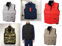 chalecos al aire libre al por mayor-2019 hombres de Canadá regalo de Navidad invierno al aire libre cálida de ganso chaleco chaqueta chalecos de algodón prendas de abrigo
