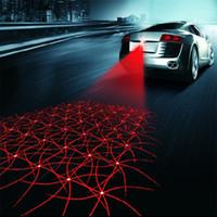 testigo de freno del coche al por mayor-Universal LED de la motocicleta del coche de luz antiniebla láser anti colisión lámpara de cola de auto freno de la motocicleta de señalización de aparcamiento lámparas de advertencia del coche
