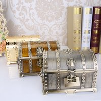 Wholesale Friends Decorations - 20*13*12.8cm Metal Alloy Treasure Box Chest Vintage Home Decoration Jewelry Case Birthday Gift For Friend wen5463