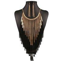 boucles d'oreilles du soir noir achat en gros de-Bijoux gland ensembles femmes luxe collier boucles d'oreilles alliage de mode bijoux doré fille noire accessoires de robe de soirée