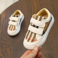 ingrosso ragazzo scarpe nuovo stile-New coreano del colore Grid Shoes Ragazzi Fashion Style Board Shoes Studenti leggeri Scarpe casual Scarpe da ginnastica per bambini