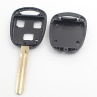 yaris uzaktan kumanda anahtarı toptan satış-XIEAILI 50 Adet / grup Için Yedek Vaka 3 Düğme Uzaktan Anahtar Fob Shell Toyota Camry / Reiz / Prado / Yaris / Avensis Ile Sticker G22