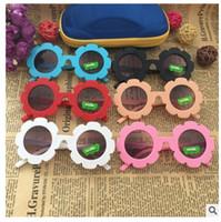 vasos de flores para niños al por mayor-Venta al por mayor NUEVA llegada Sun Flower Round niños lindos gafas de sol UV400 Boygirl Lovely bebé gafas Niños Oculos de sol N554