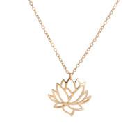 ingrosso le vendite di loto-vendita calda nuovo argento oro loto collana scavata gioielli placcati catena di piante Lianhua del pendente della lega collana all'ingrosso dei monili