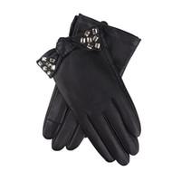 ingrosso guanti in pelle nera per le donne-Guanti in vera pelle femminile polso strass bowknot pizzo moda nero pelle di pecora guida guanti guanti donna 14231
