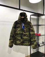 manteau d'hiver s achat en gros de-Parkas homme style hiver CANADA Down Parkas avec capuchon veste homme Snowdome Marque White Duck manteaux pour hommes manteau amant de camouflage