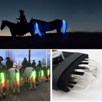 t kabelbaum großhandel-MOYLOR 100 CM Pferdeschwanz USB-Licht Aufladbare LED Crupper Pferdegeschirr Reiter Paardensport Reiten Cheval Equitation T
