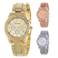 genf damen diamant quarzuhr großhandel-GENEVA-Diamantfrauen-Metalluhr-Stahllegierung passt Art- und Weiseluxuxdamen kleiden Quarzarmbanduhr analoge Geschenkmänner Uhren 3 Farben auf