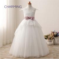 kızlar vintage gelinin elbiseleri toptan satış-Dantel elbise Omuz çantası yay kız pettiskirt çocuk çiçek kız gelinlik uzun beyaz elbiseler vintage gelinlik modelleri