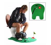 töpfchen putter wc golf spiel großhandel-Potty Putter Toilette Golf Spiel Mini Golf Set Toilette Golf Putting Green Neuheit Spiel Spielzeug Geschenk für Männer und Frauen