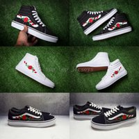 Wholesale Custom Shoe Boxes - 2018 Hot Vans Old Skool X AMAC Customs Rose Embroidery Skateboard Shoes Women Low High Tops Men Sport Casual Canvas Running Sneakers 36-44
