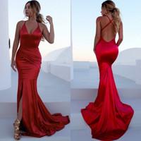 ingrosso abito rosso collo crociato-Splendida Red Mermaid Prom Dresses V Neck Pieghettato Satin Criss Cross Back Split Sexy abiti da sera lunghi Abiti da cerimonia formale