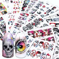 tatuajes de uñas al por mayor-24 unids Cráneo Negro Envolturas de Uñas Etiquetas de Agua Deslizadores Rojos Ojos de Halloween Payaso Zombie Decoración Herramientas de Manicura Tatuaje BESTZ731-755
