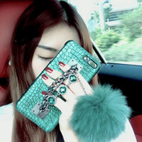 Wholesale fox shell - Fashion Luxury Crocodile Texture Skin Pattern with Handheld Fox Fur Ball Diamond Rhinestone Shell Hand-held Furry Protector for Apple iPhone