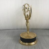 oyuncaklar minifigure toptan satış-Gerçek 1: 1 Metal Emmy Trophy Fabrika Doğrudan Satış Emmy Trophy Ödülleri Ile Ücretsiz DHL gönderi 28 cm