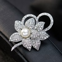 Wholesale austria crystal brooch resale online - High Quality Vintage Style Rhodium Plated Clear Austria Crystals Imitation Pearl Big Bow Brooch Wedding Accessories