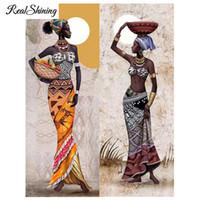 mosaicos imagens venda por atacado-Needlework Diamante Pintura mulher Africano Diamante Bordado completa rodada Broca Strass Mosaico Imagem Decoração Para Casa FS1767
