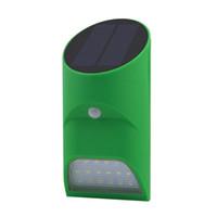 luces de marca escondidas al por mayor-Luz solar a prueba de agua Luz infrarroja Forma de tubo de bambú Sensor de movimiento + Control de luz Lámpara de pared Lámpara de iluminación LED al aire libre