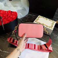 crossbody kameratasche frauen großhandel-2018 neue Ankunftsfrauenart und weise Kameratasche 19cm weibliche Handtaschenschulterbeutel geben Verschiffen crossbody Taschen frei