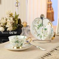 ingrosso set di tè moderni-Set di 2 tazze di caffè tè bone china e cucchiaio piattino set di lusso in ceramica stile britannico tazze di tè pomeridiano elegante set regalo tazza di porcellana
