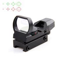 trilho de montagem óptica venda por atacado-20 / 11mm Tactical Holográfica Riflescope Reflex 4 Reticle Rail Caça Óptica Ponto Verde Vermelho Vista Tactical Scope Visão com Montagem