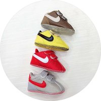 Wholesale baby boy moccasins shoes online - Baby Shoes Gold PU Leather Shoes Newborn Boys Girls First Walker Infant Prewalker Shoes Moccasin Sneakers T