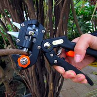 Wholesale pruners garden tools online - Garden Grafting Cutting Kit For Plant Branch Twig Stainless Steel Park Flowers Plants Pruning Scissors Practical Cut Tools Hot Sale jj Y