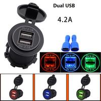 ingrosso accessori per motocicli universali-Caricatore IP66 del motociclo degli accessori modificato 4.2A Caricatore doppio di USB impermeabile e antipolvere copertura 1pcs / lot