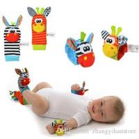 marionetas rosas al por mayor-Al por mayor-Bebé Infantil Sonajeros Suaves Handbells Hand Foot Finders Calcetines Desarrollo Juguete niño 15cm