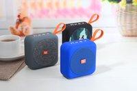 colunas para bluetooth portáteis venda por atacado-Mini Speaker Portátil Sem Fio Bluetooth À Prova D 'Água Portátil Música estéreo Handfree Speaker Suporte TF Cartão com pacote de varejo