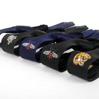 reißverschluss für männer großhandel-Männer Persönlichkeit Gestickte Muster Krawatte 5 CM Koreanische Version Schwarz Schmale Krawatte Reißverschluss faul Krawatte neuen Stil Großhandel
