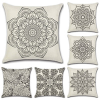 almohadas decorativas de diseño al por mayor-Lino Mandala Diseño de Bohemia Funda de almohada Geometría abstracta en blanco y negro Patrón decorativo Funda de almohada para sofá Decoración Cojín 4 8kh Z