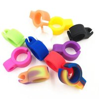 Wholesale finger clips - Cigarette Rack Ring Silicone Finger Smoking Cigarettes Holder Clip Adjustable Smoking Ring for Driving Playing Game YW867