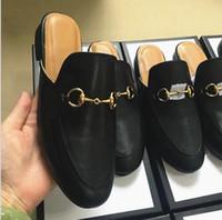 les hommes bouclés achat en gros de-EUR38-46 Designer luxe hommes été Princetown pantoufles mens Mules mocassins en cuir véritable appartements avec boucle abeilles motif de serpent avec boîte