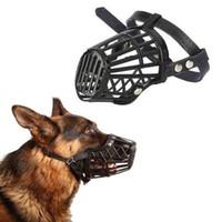 ingrosso maschera di cane di pelle nera-Plastica Pet Dog Muzzle regolabile PU Cuoio Cinghia Cestino Design Anti-Biting Corteccia di bocca Cage Safety Mask Nero