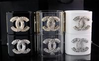 бриллиантовый браслет широкий оптовых-Цена по прейскуранту завода-изготовителя высокое качество роскошные заклепки двойной алмаз манжеты широкий браслет мода прозрачный Кристалл панк акриловый браслет с коробкой