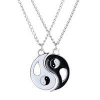 collar de los amantes del yin yang al por mayor-2 PCS Mejores Amigos Collar de Joyas Yin Yang Tai Chi Colgante Parejas Pareja CollaresColgantes Amantes Regalo de San Valentín