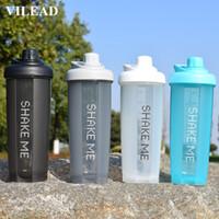 protein shaker flasche sport direkt großhandel-Benutzerdefinierte Logo 4 Farbe Fitness Sport Protein Pulver Schütteln Flasche Kunststoff Tragbare Milchshake Shaker Wasserflasche Sommer Drinkware