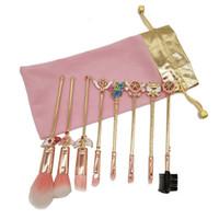 kadife fırça toptan satış-8 adet Makyaj Fırçalar Altın Set Sailor Moon Metal Elmas Professtional Göz Farı Kozmetik Makyaj Fırça Araçları Seti Kiti ile Pembe Kadife Çanta