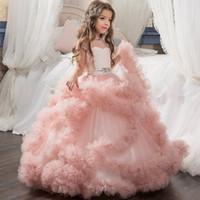 elbiseler için boncuklu tasmalar toptan satış-2019 Sevimli Ekip Boyun Cap Kollu Tül Çiçek Kız 'Elbiseler Ruffles Boncuklu Kanat Prenses Kat Uzunluk Doğum Günü Partisi Kız Pageant elbise