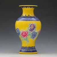 dormitorio de peonía al por mayor-Jingdezhen Famille Rose porcelana china Peony Jarrón pintado a mano 01