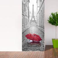 fondo de pantalla eiffel al por mayor-Pegatinas de puerta de simulación estéreo 3D Torre Eiffel en la pared que llueve Póster mural Papel tapiz autoadhesivo Gráfico Renovar calcomanías de decoración de puerta