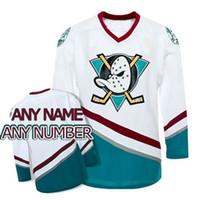 eishockey grüne trikots großhandel-Kundenspezifisches Eishockey der Männer Frauen Kundenspezifische mächtige Enten von Anaheim Jersey 1996-06 Weiß Grün Ihr Name und # jede mögliche Größe XS-6XL Alle genäht